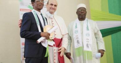 Père Abékan dans La Colombe N° 205 – JANVIER 2021 (PDF)